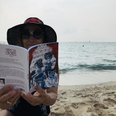 Lecture à Samae Beach - Koh Larn - Pattaya