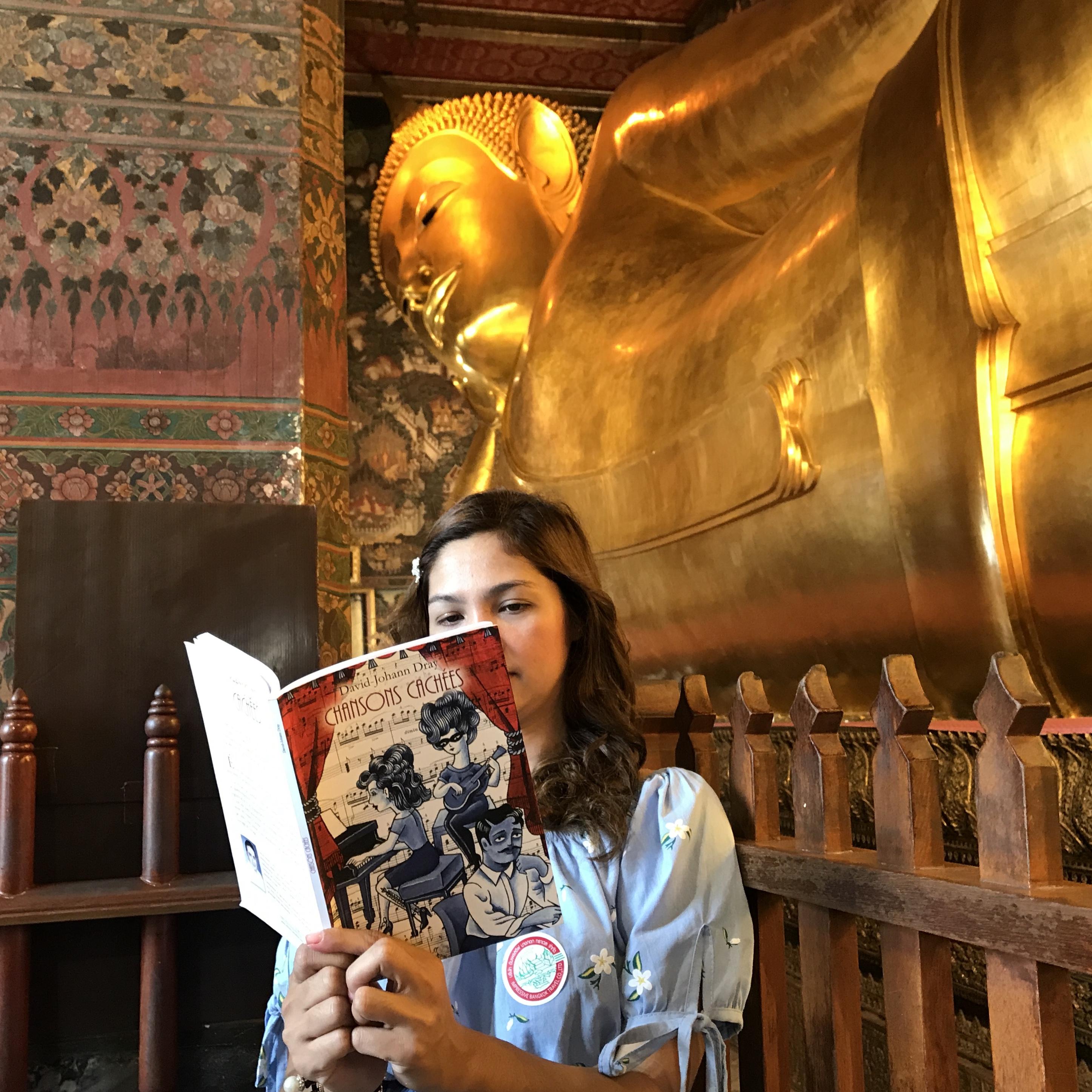 La Fille au Bouddha couché - Bangkok