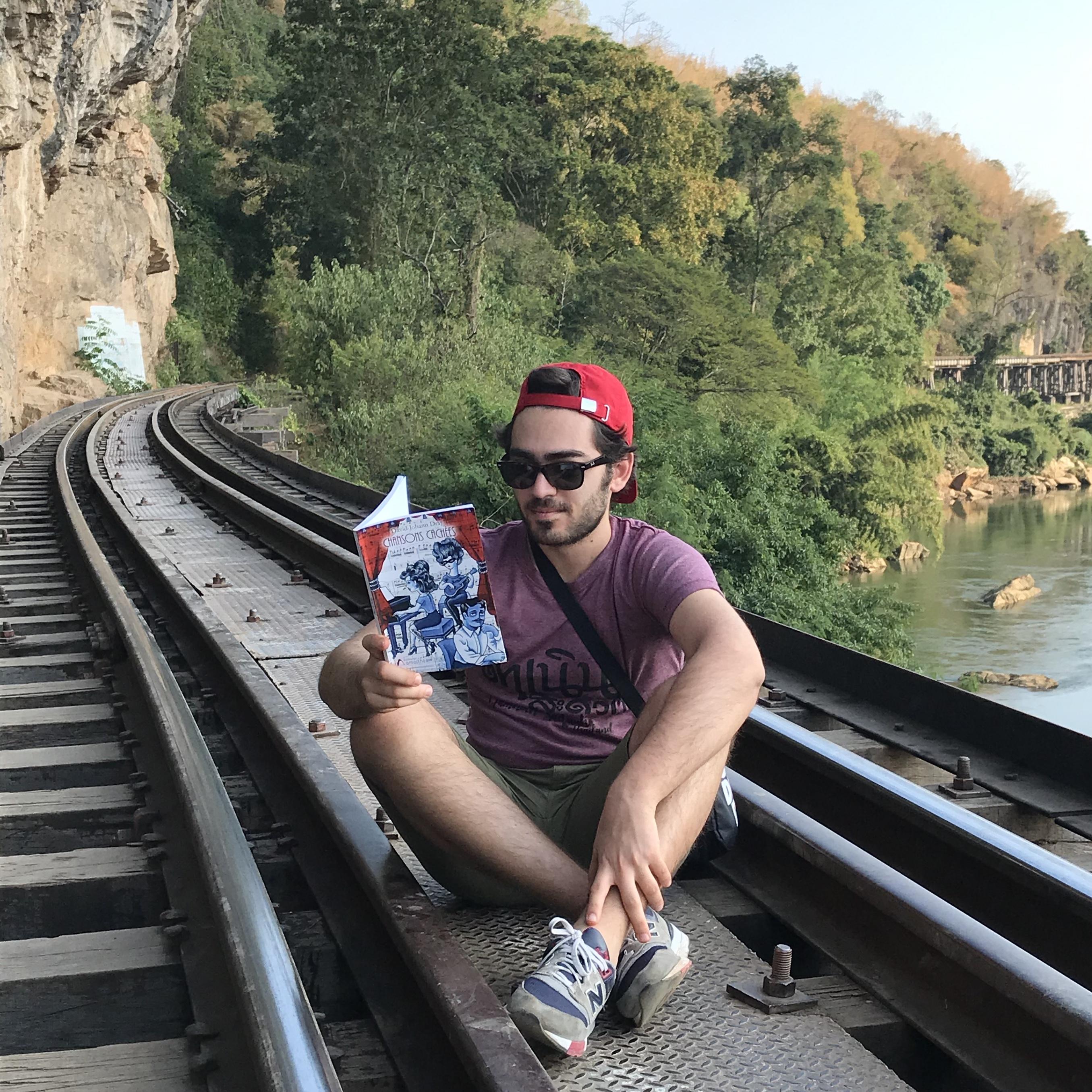 Lecture sur le Pont de la Rivière Kwaï...