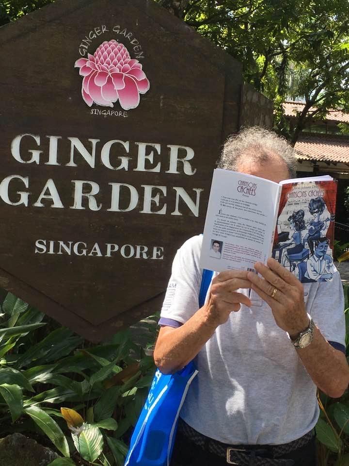 Lecture au jardin botanique de Singapour...