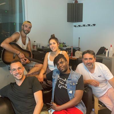 La Team Chansons cachées - Studio session