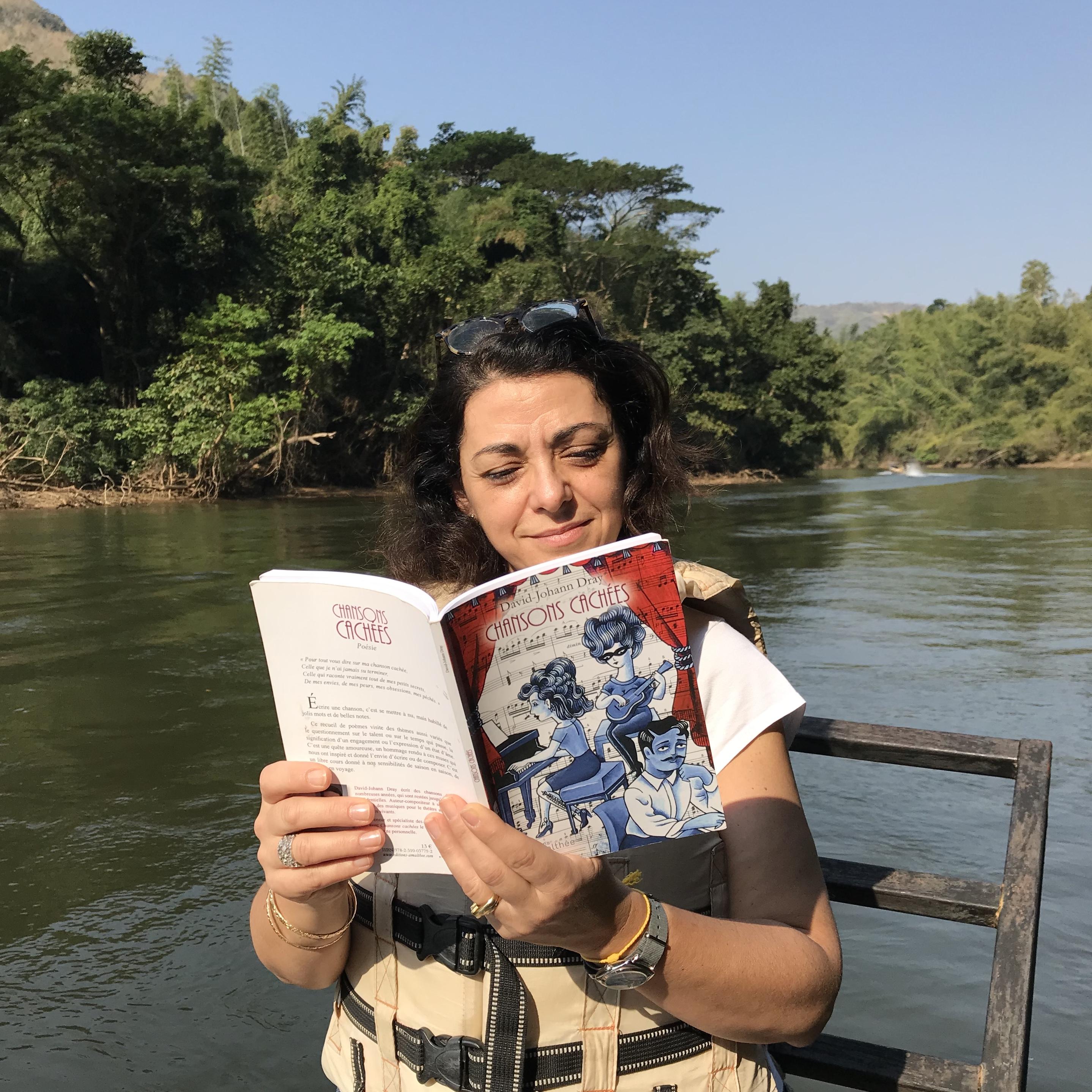 Lecture dans la Jungle de Thaïlande  ...